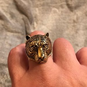 Jewelry - Tiger head ring unisex